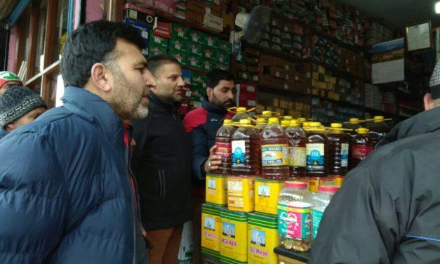 Market Checking Intensified At Kangan,Rs 2200 Fine Recovered