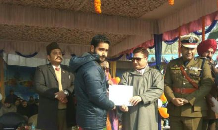 Kashmir News Zone Online Editor Felicitated In Ganderbal