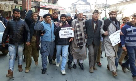 JRL stages protest in Downtown Srinagar against rights violations, arrests
