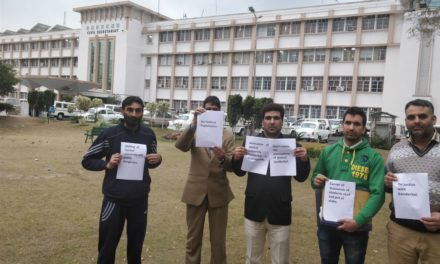 Civil society Ganderbal protest in Jammu against any move to shift central University