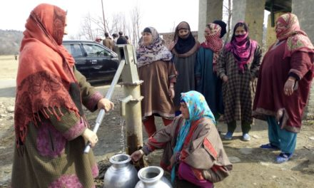 People of a remote village of Kulgam have no water supply yet the village depends upon a single tube well