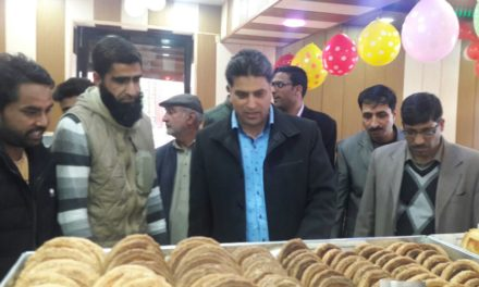 Delizia Bakery opens its outlet in Kulgam