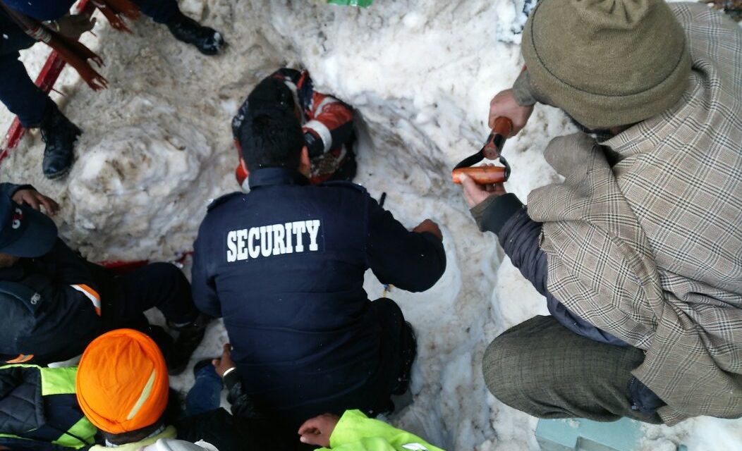 Avalanche hits Z-Mohar tunnel in sonamarg APCO employee rescued by Ganderbal Police