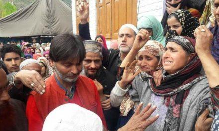 Chairman JKLF Yasin Malik visits Chattergul, expresses solidarity with the bereaved family of Slain Aamir Lone