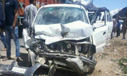 Five injured in road accident in Central Kashmir's Ganderbal