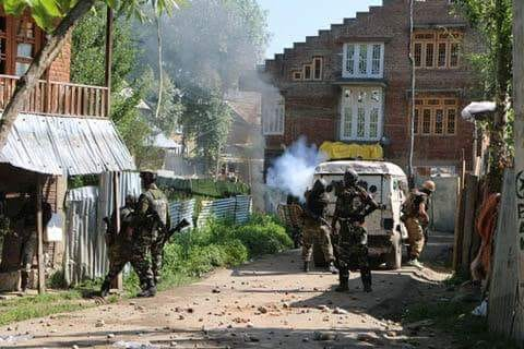 Anantnag gunfight: Clashes erupt in old town areas despite curbs