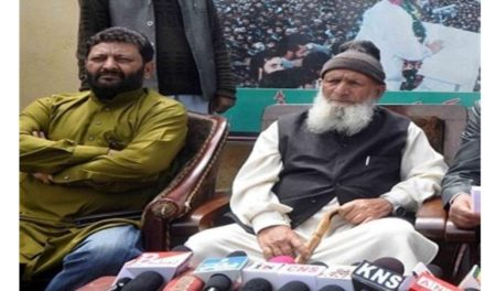 JKDFP warns against touching article 35A, 'Appealssane voices in and outside India to understand the issue'