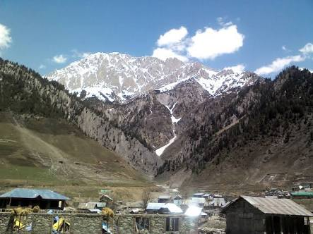 Sonmarg Development Authority allow vehicular movement on Thajiwas Glacier Road