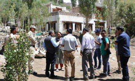CEC, LAHDC visits the flood affected area in Saboo village