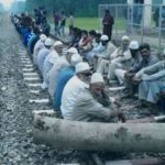 Budgam protests against dilapidated roads