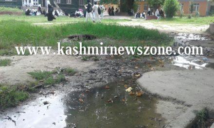 Students aghast over lack of sanitation at women's college Srinagar.