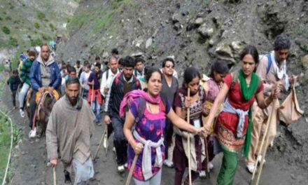 Amarnath Yatra Resumes, 454 Pilgrims Leave For Kashmir Valley