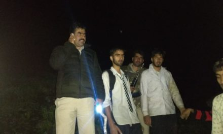 Two South Kashmir students rescued by Ganderbal Police at Sonamarg