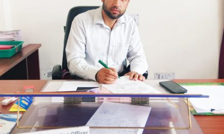 Jahangeer Aakhoon assumes charges of DIO Bandipora