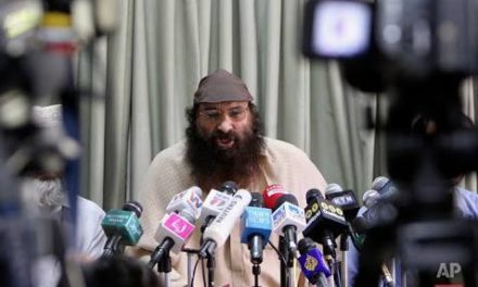 Salahuddin pays tribute to two militants killed in Sopore gunfight