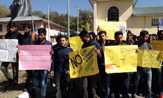 Kulgam Bloodbath : Students of Agriculture University Wadoora protest against civilian killings