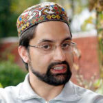 Mirwaiz calls for Badami Bagh chalo on 17 Dec against Pulwama killing