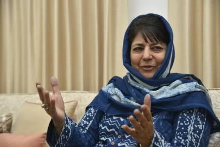 Kashmir can be resolved through Kartarpur like initiatives, Says Mehbooba Mufti