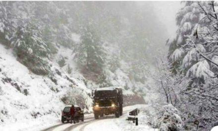 Fresh snowfall closes Mughal road.