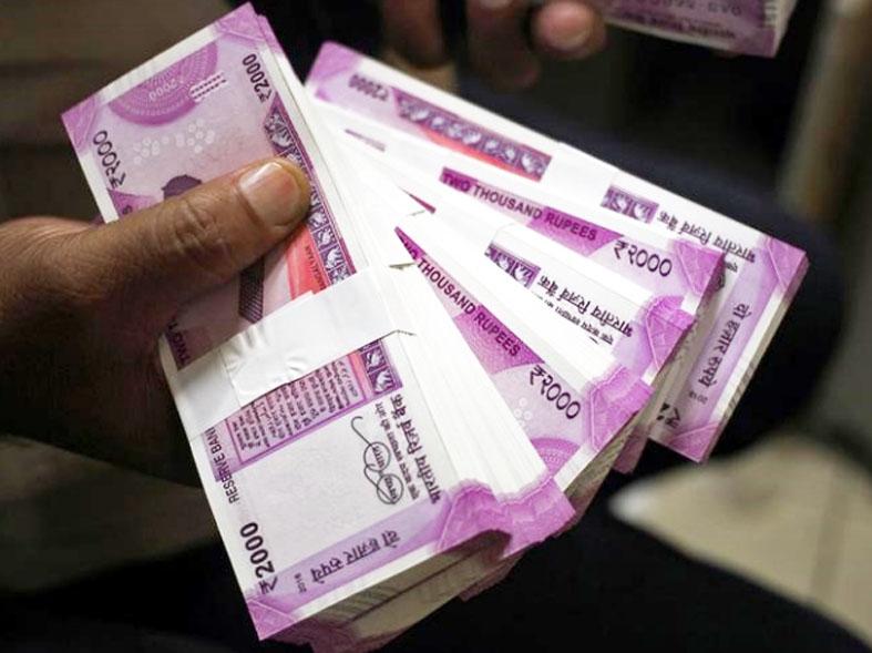 BDO Sopore caught red handed accepting  bribe by Anti Corruption Bureau