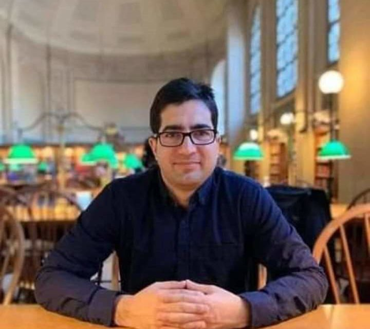 Shah Faesal is a chocolate boy, whimsical person: Qayoom Wani
