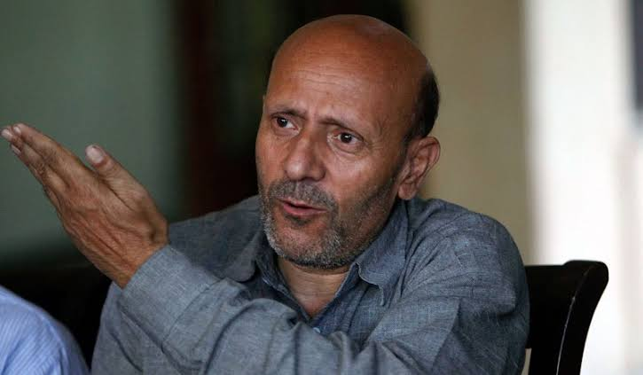 Er. Rasheed calls governor on phone over his offer to Huriyat