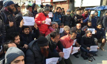 Media men boycott R-day function in SK Stadium as senior journos barred entry