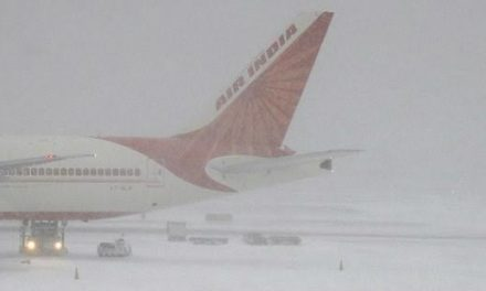Snowfall hits flights' operation at Srinagar airport
