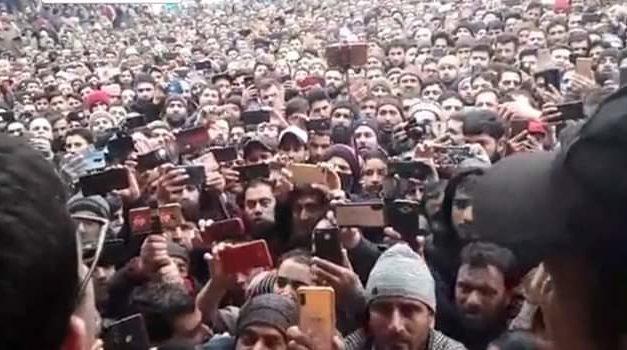 'Yaha kya chalega? Nizam-e-Mustafa' slogans raised during Shah Faesal's public meet in Kupwara