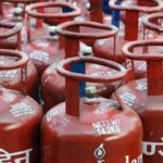 LPG crises hit Kashmir as supply of domestic LPG to distributors reduced to 30 percent
