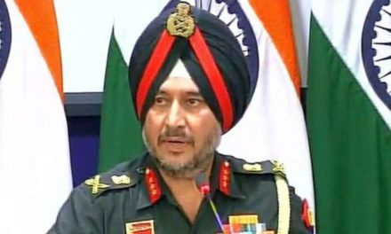Northern Army Commander reviews security situation in Kashmir