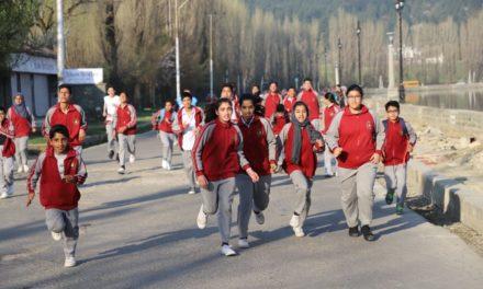 Police Public School Bemina organizes cross country run,'IGP Kashmir flags off the race