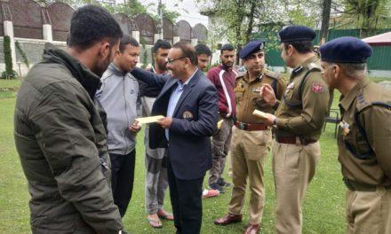 DGP J&K meets injured police personnel, 'Handover welfare relief