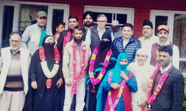 Chairman MC Ganderbal Advocate lone Altaf joins NC