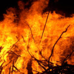 House, cowshed gutted in fire at kawpora Sumbal
