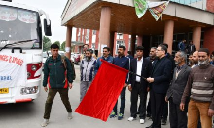 DC Ganderbal Flags off students for participation in Inter-District road race