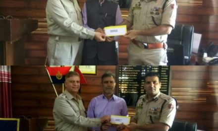 SSP Ganderbal Bids  Farewell To Two Superannuating Police Officers At District Police Office Ganderbal