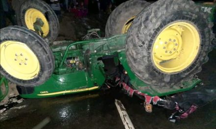 Driver Killed another injured after Tractor Turns Turtel In Kangan