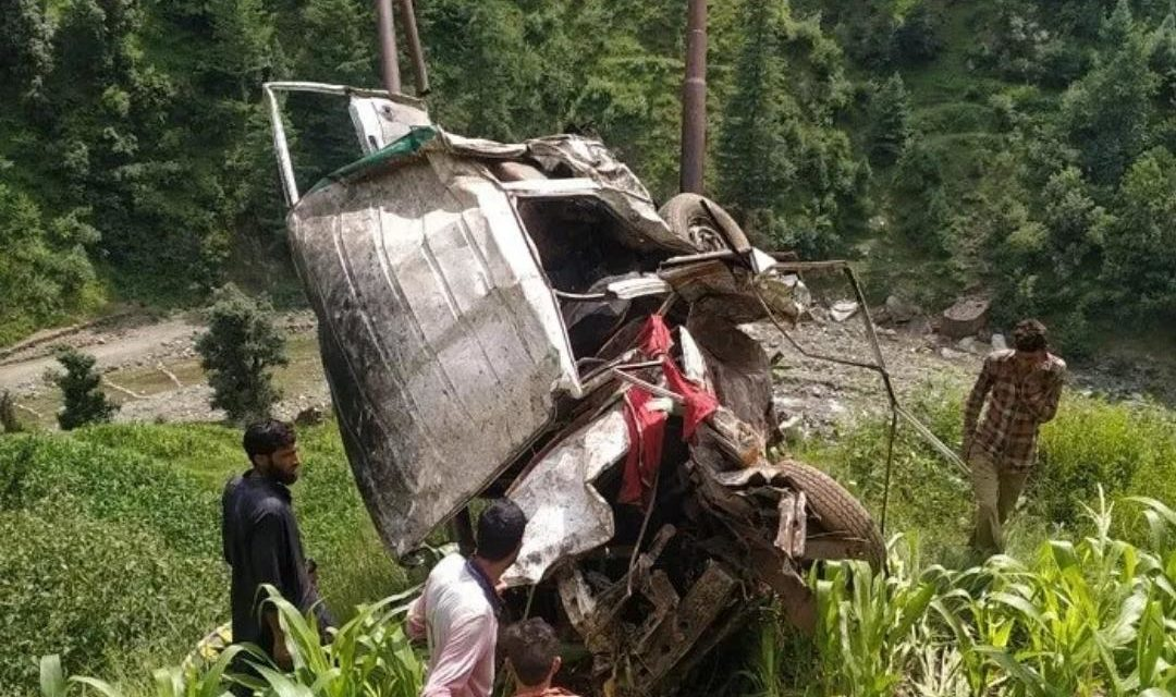 3 members of a family killed in Banihal road mishap, 4 injured