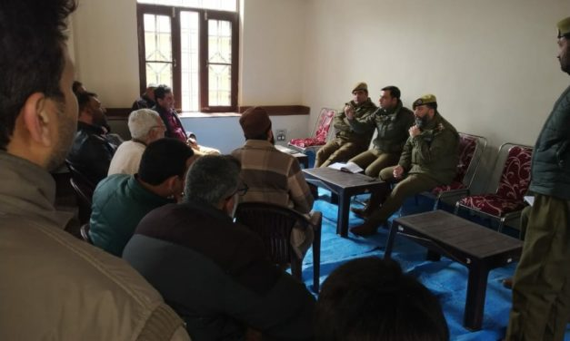 Sringar police holds interactive meeting with community members at SDPO Office Sadder