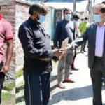 DC Ganderbal distribute masks at Industrial estate,'Life protecting gears provided to frontline workers