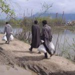 Army Distribute kits, food items in Hajin villages