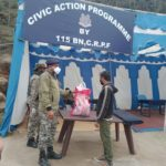 115 BN CRPF distributes ration among migrants and locals in Ganderbal amid Covid-19 lockdown