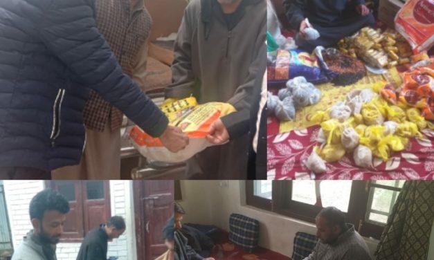 BJP distributes ration among needy people in Ganderbal amid Covid-19 lockdown
