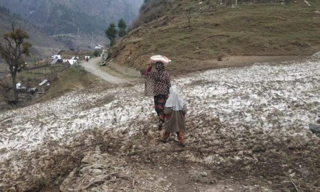 A village in Ganderbal still cut-off from Tehsil headquarter since two months after Snowfall.